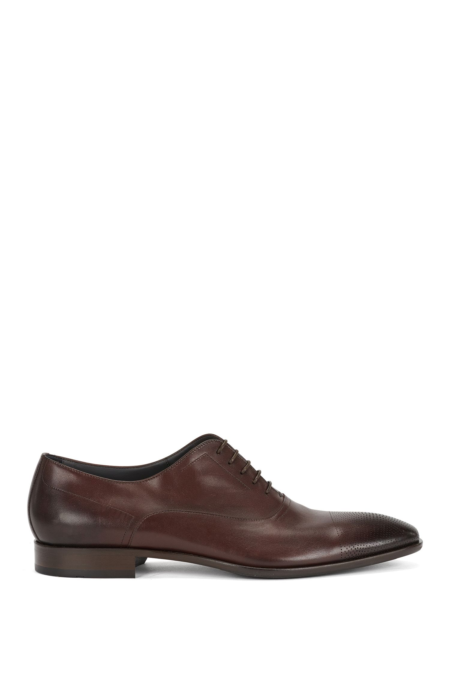 Leather lace-up shoes with perforated toes: 'Chelsea_Oxfr_ltct', Dark Red