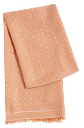 Sjaal van een katoenmix met all-over motief: 'Women-Z 529', Lichtroze