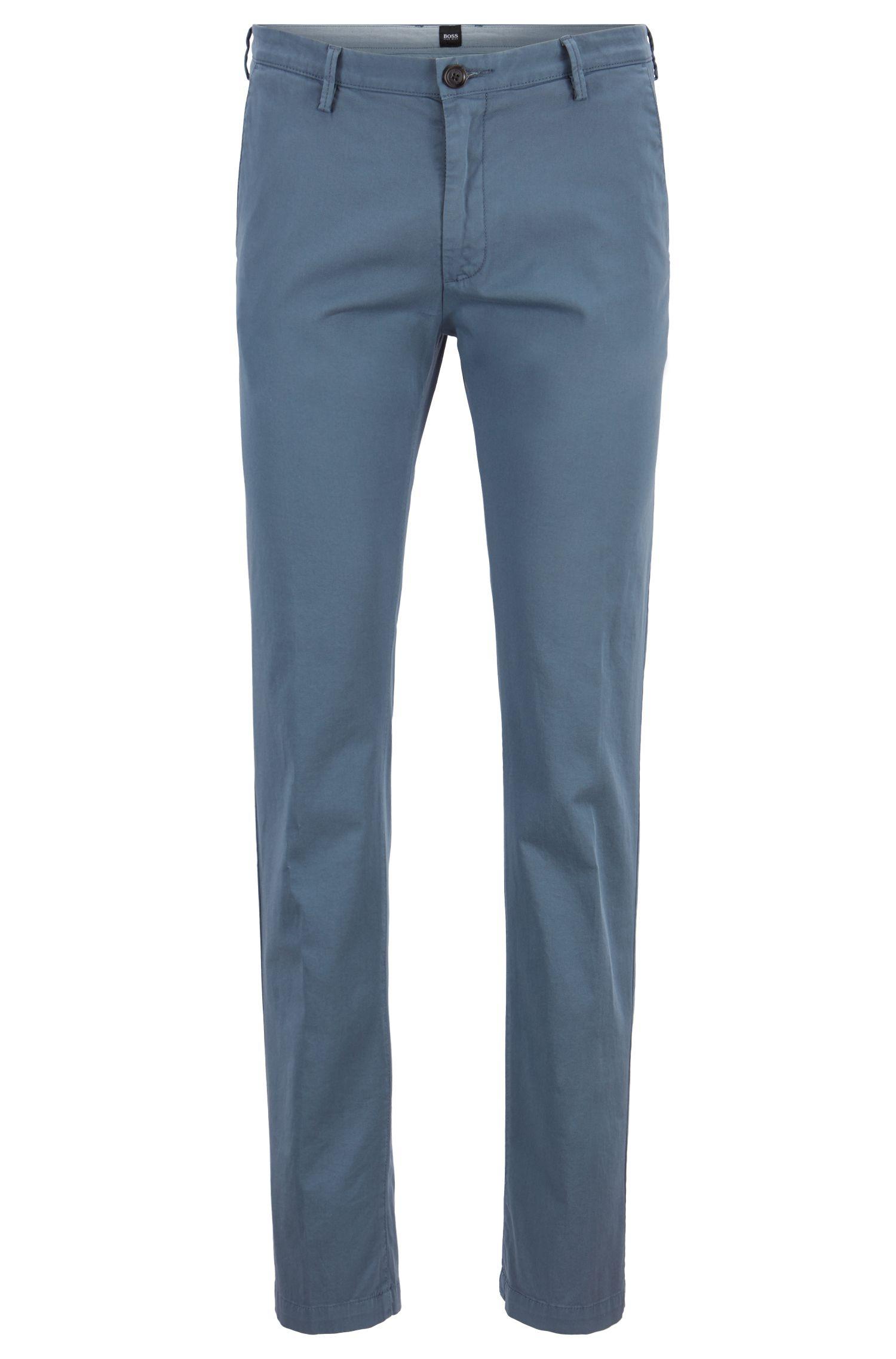 Slim-Fit Chino aus elastischer Baumwoll-Gabardine, Hellblau