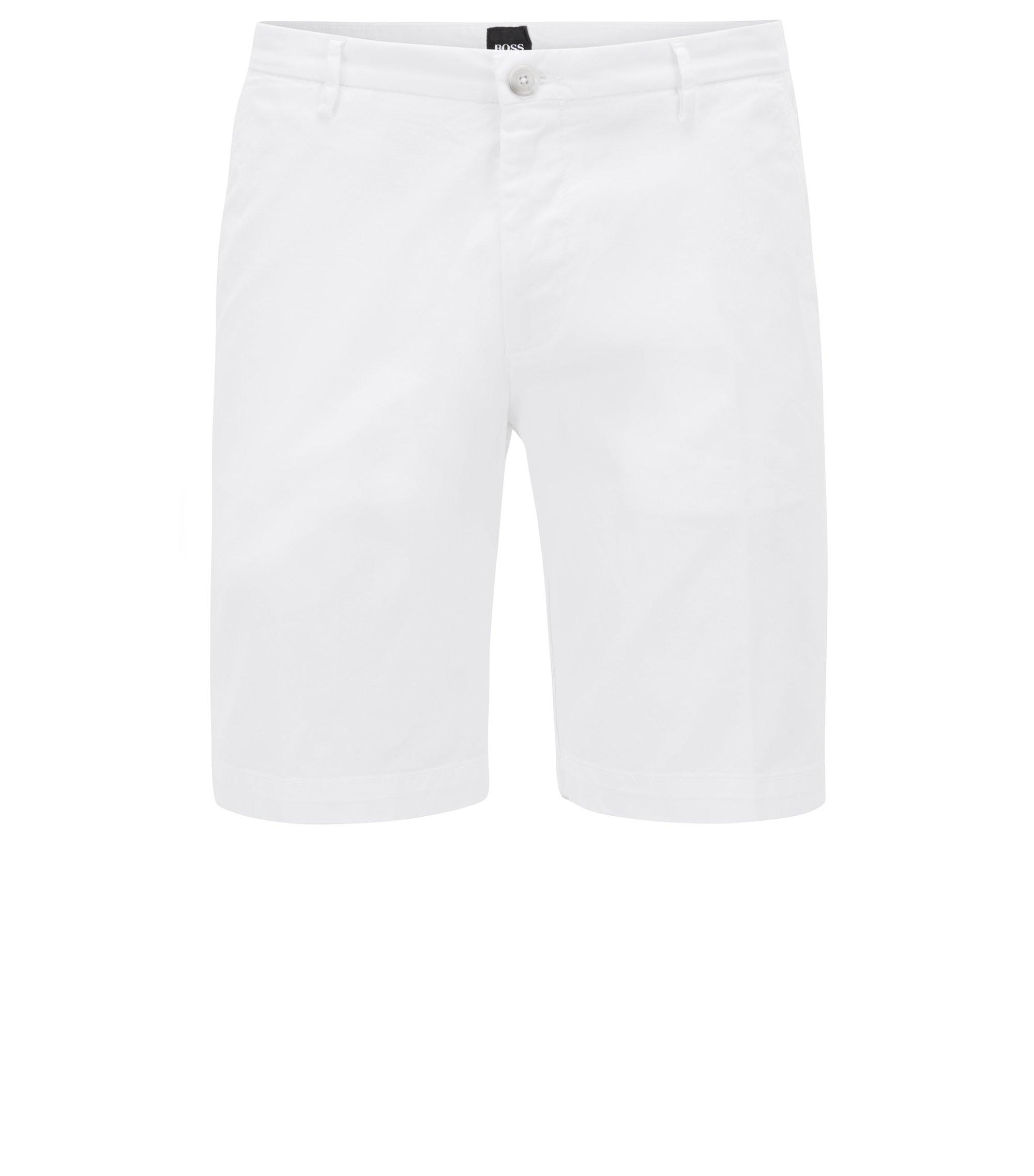 Shorts slim fit en tejido de gabardina de algodón elástico, Blanco