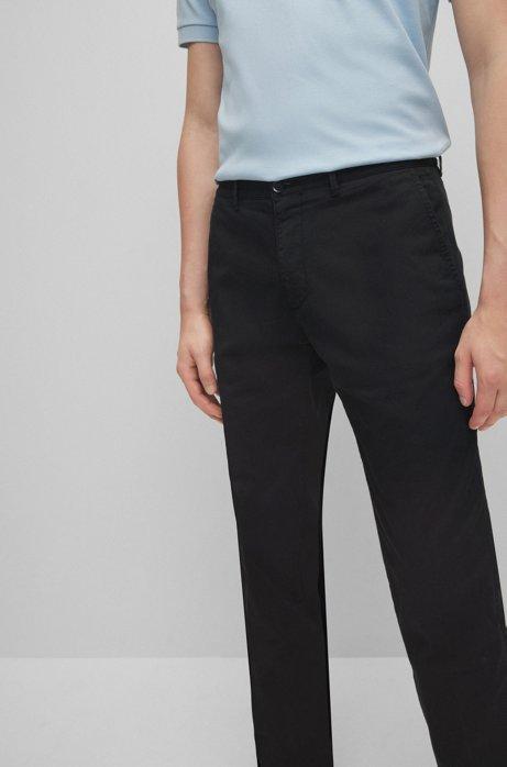 Chino regular fit in gabardine di cotone elasticizzato, Nero