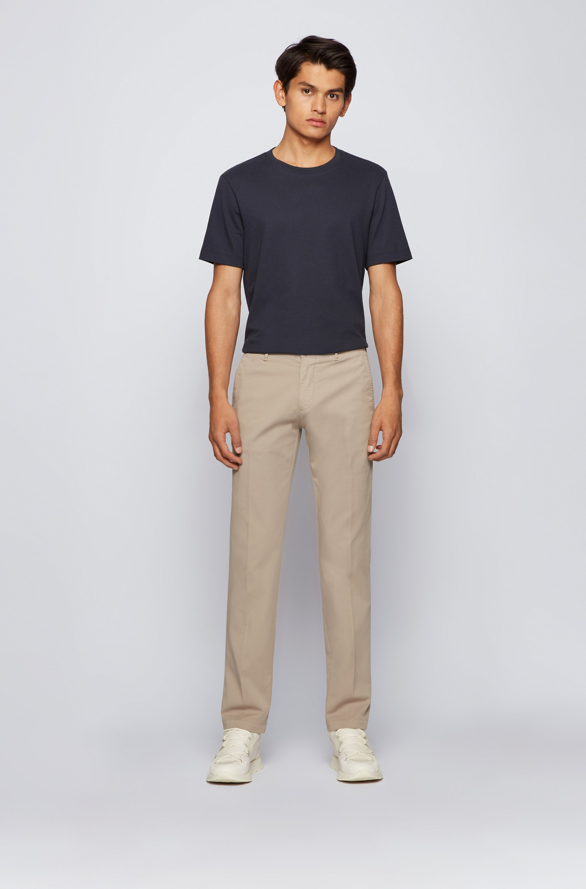Regular-fit chinos in stretch-cotton gabardine