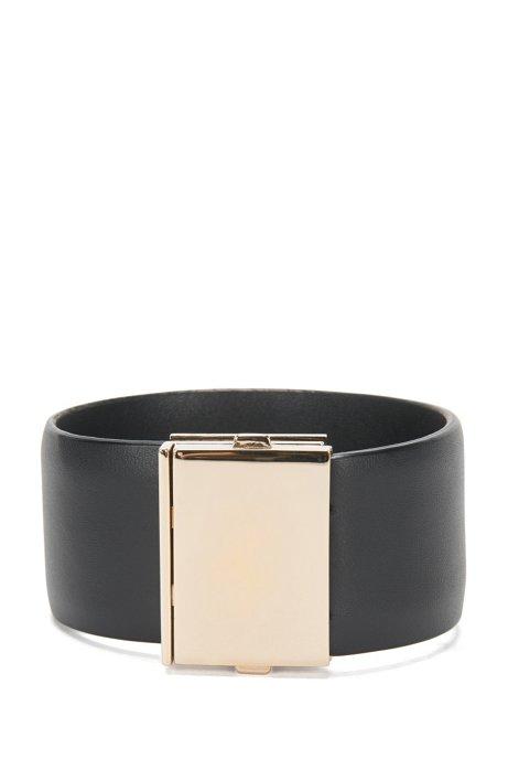 Leather bracelet with distinctive clasp: 'Romi Brace L-A', Black