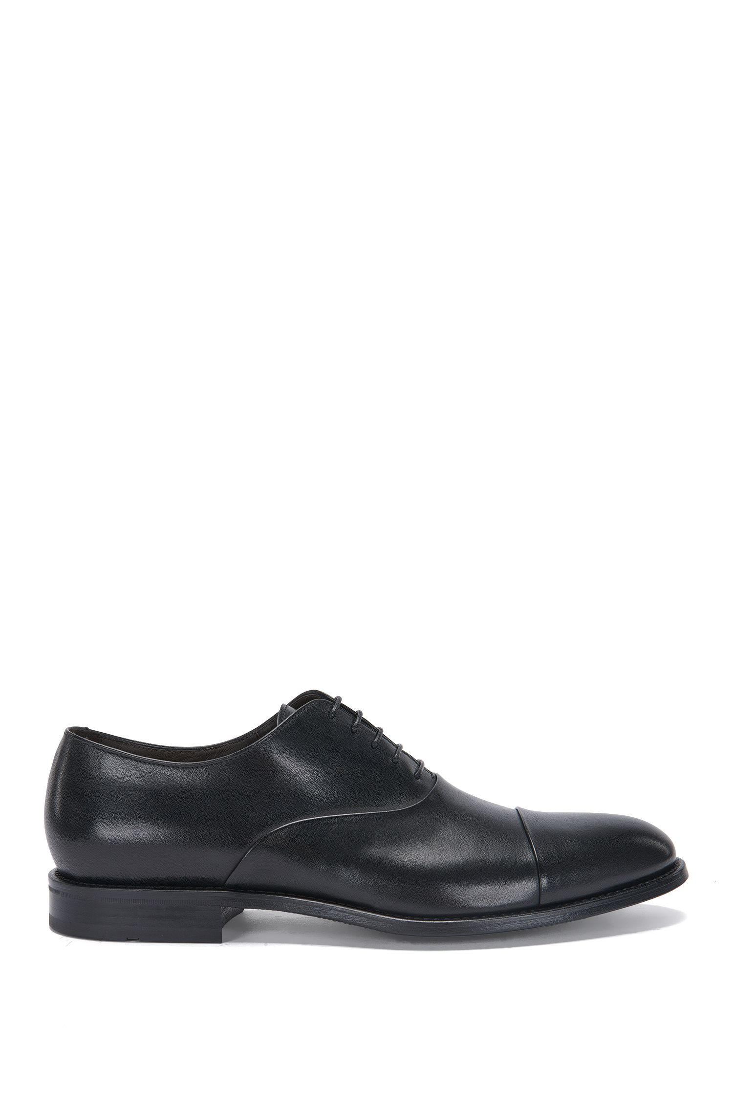 Leather lace-up shoes in Oxford style with contrasting toe: 'Stockholm_Oxfr_ctst'