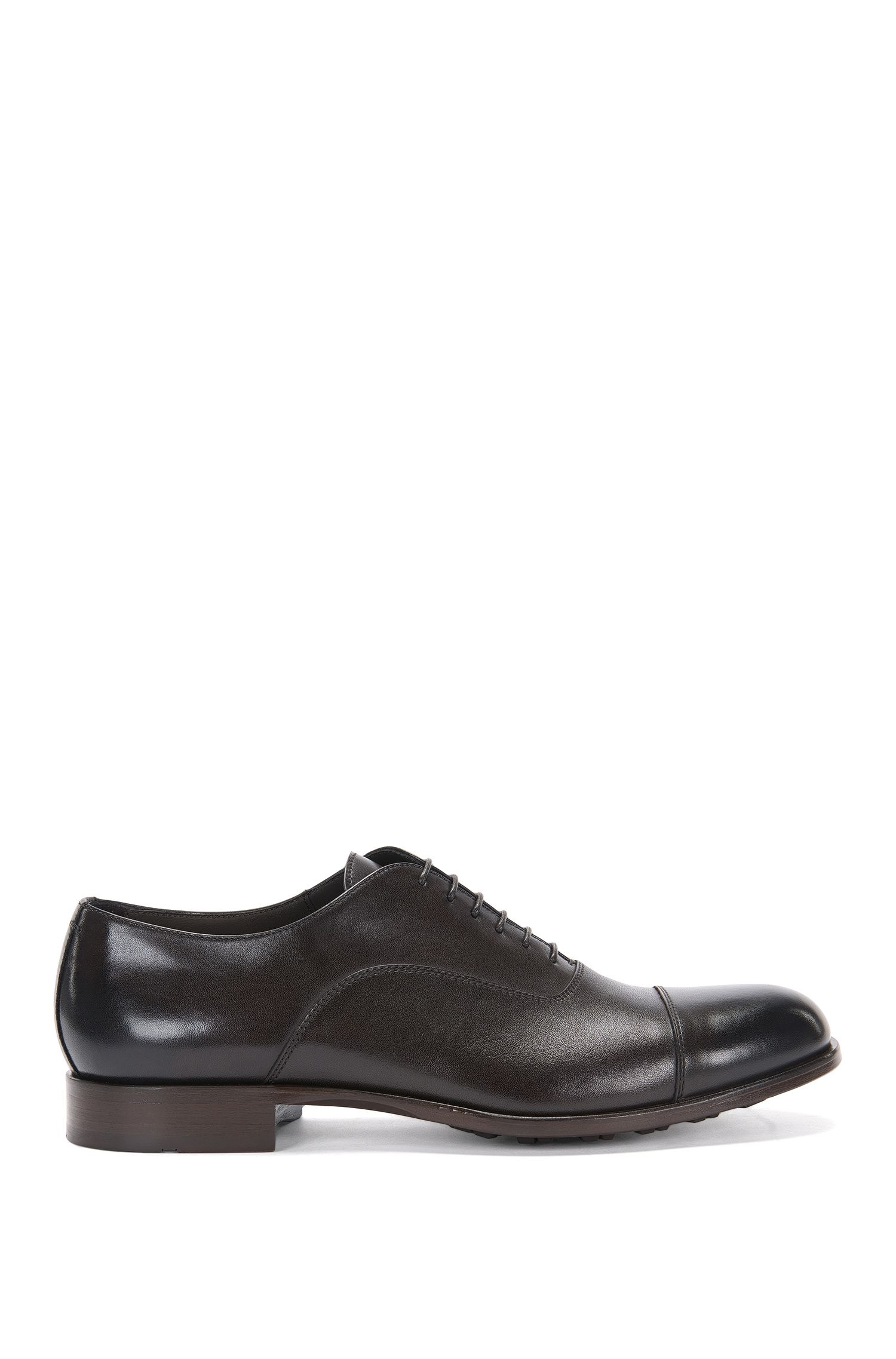 Leather lace-up shoes with profiled sole: 'Monumental_Oxfr_ct'