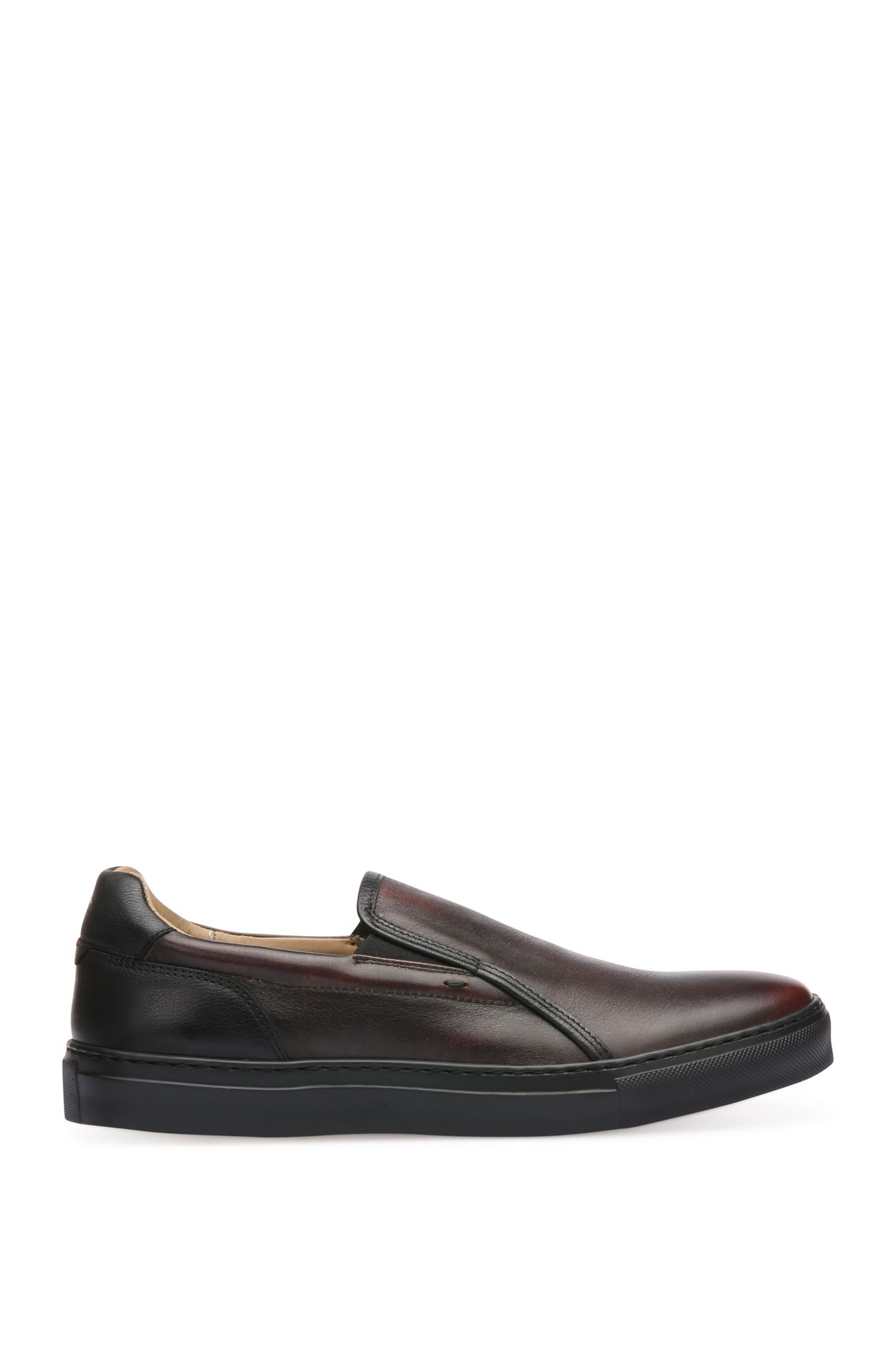 Slip-on shoes in leather: 'Noir_Slon_bo'