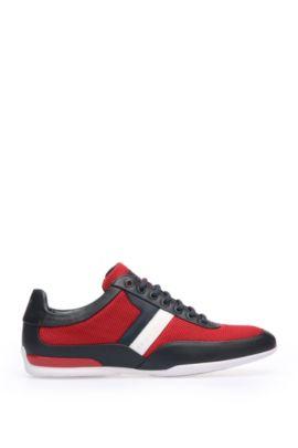 Sneakers sobrie con tomaia in tessuto tecnico a rete, Rosso