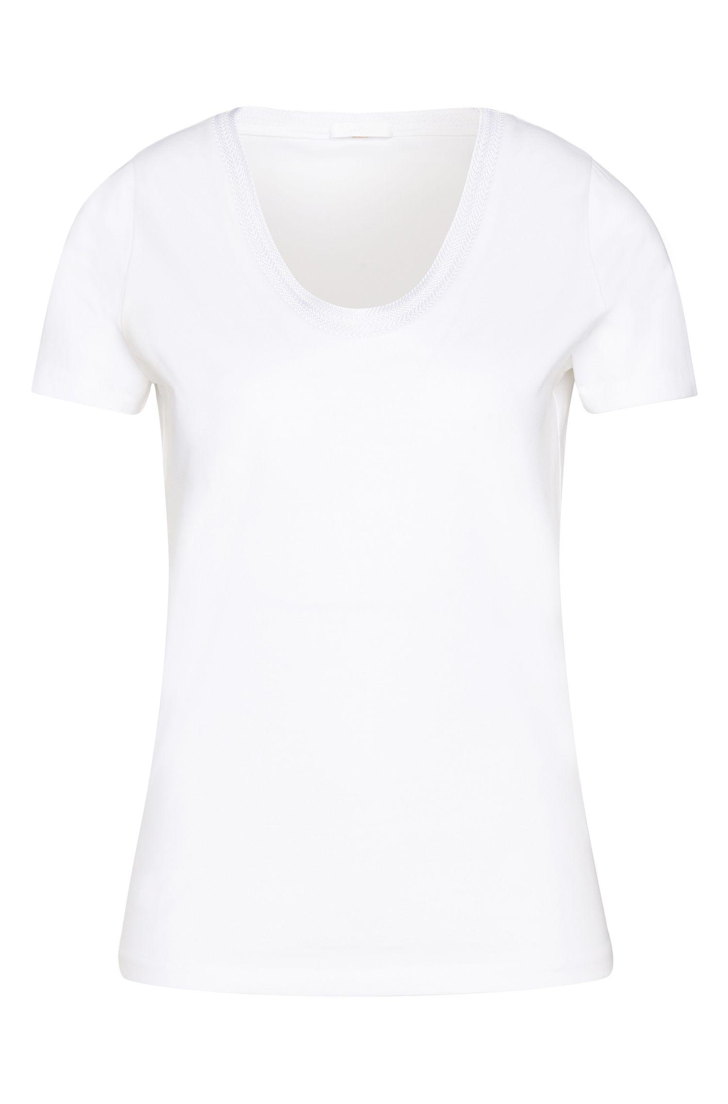 Camiseta entallada en algodón elástico: 'Estana'