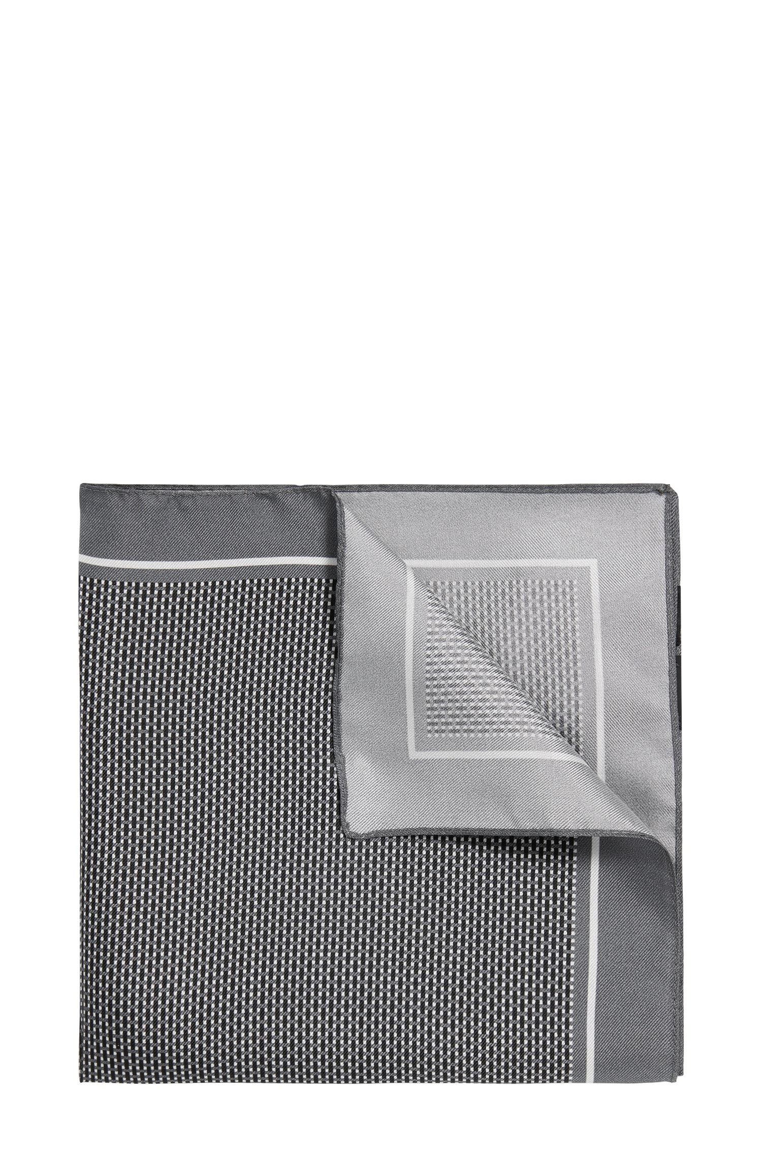 Finely checked pocket square in silk: 'Pocket sq. 33x33 cm'