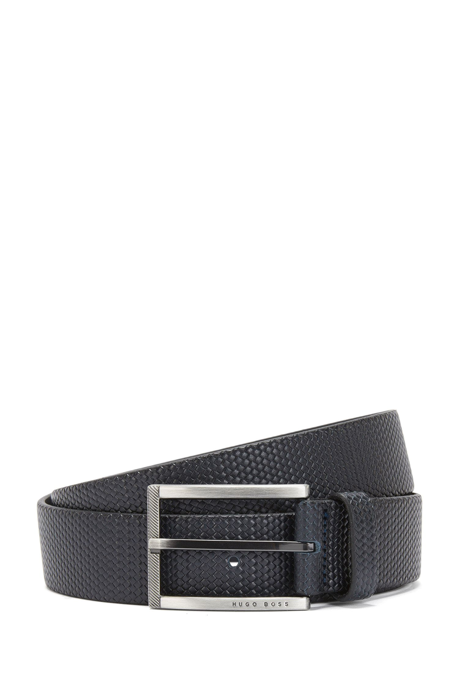 Belt in embossed leather with an intricate braided texture: 'Clif_Sz35_ltwv'