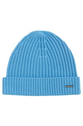 Knit cap in wool-cotton blend: 'Iballe', Light Blue