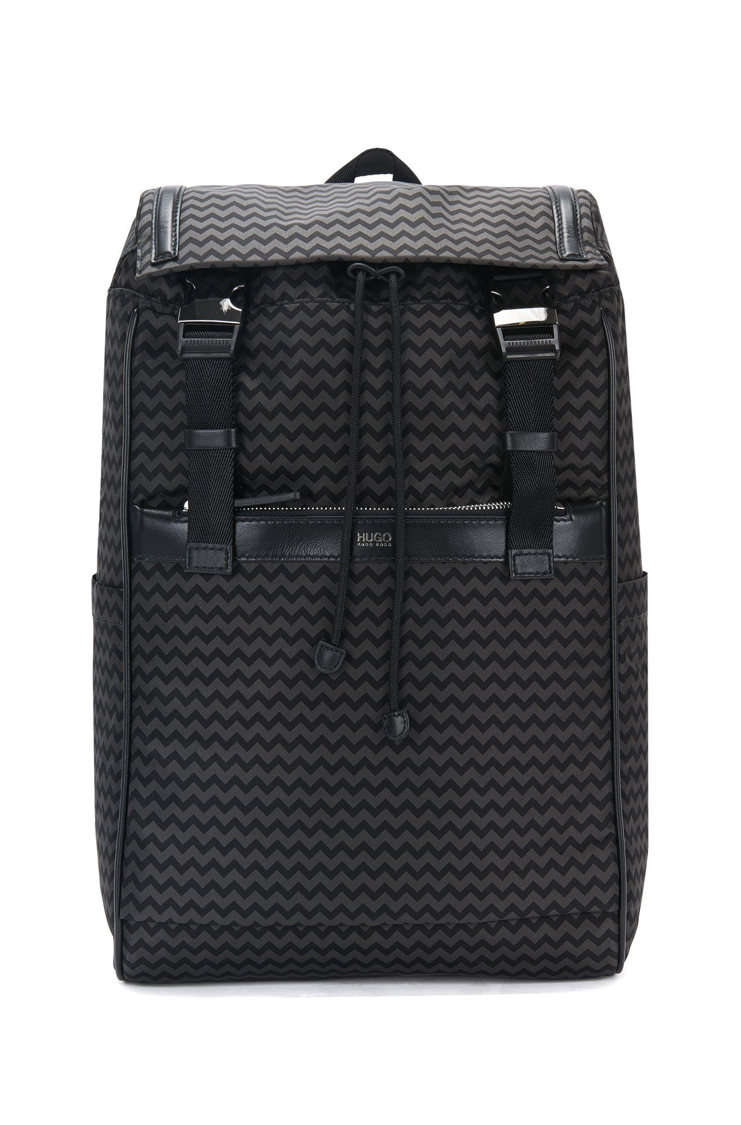Mochila con estampado de chevron: 'Digital L_Backpack P'