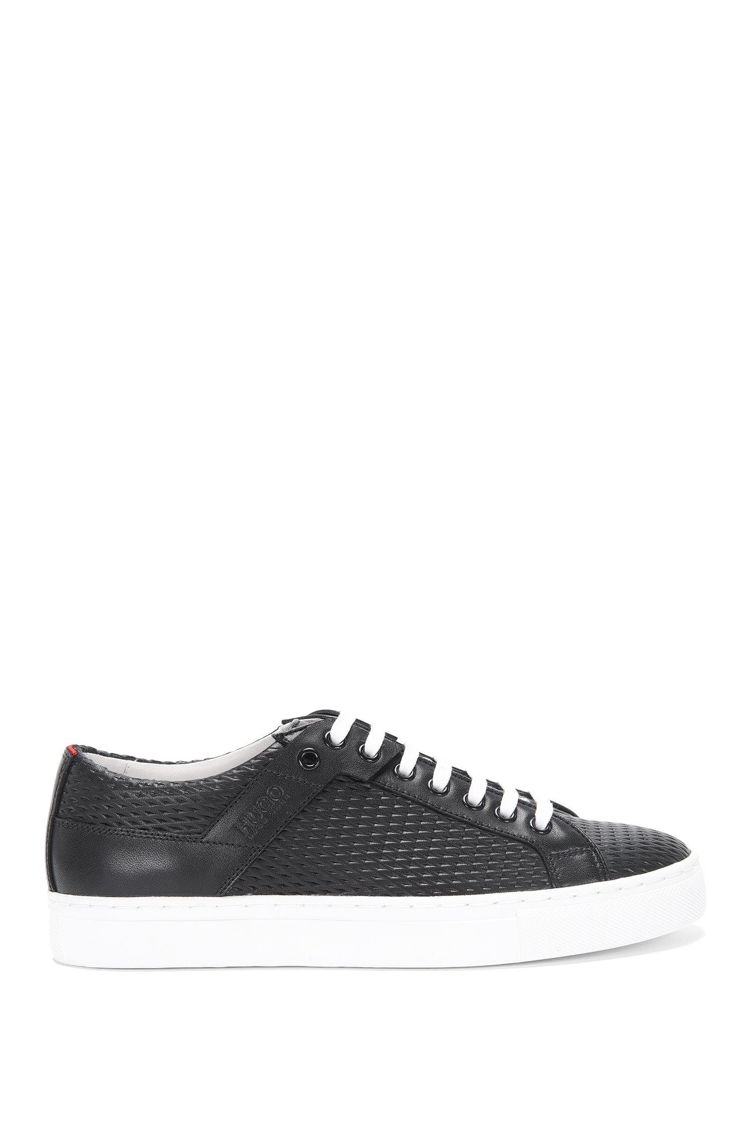 Sneakers aus perforiertem Leder: 'Connie-P'