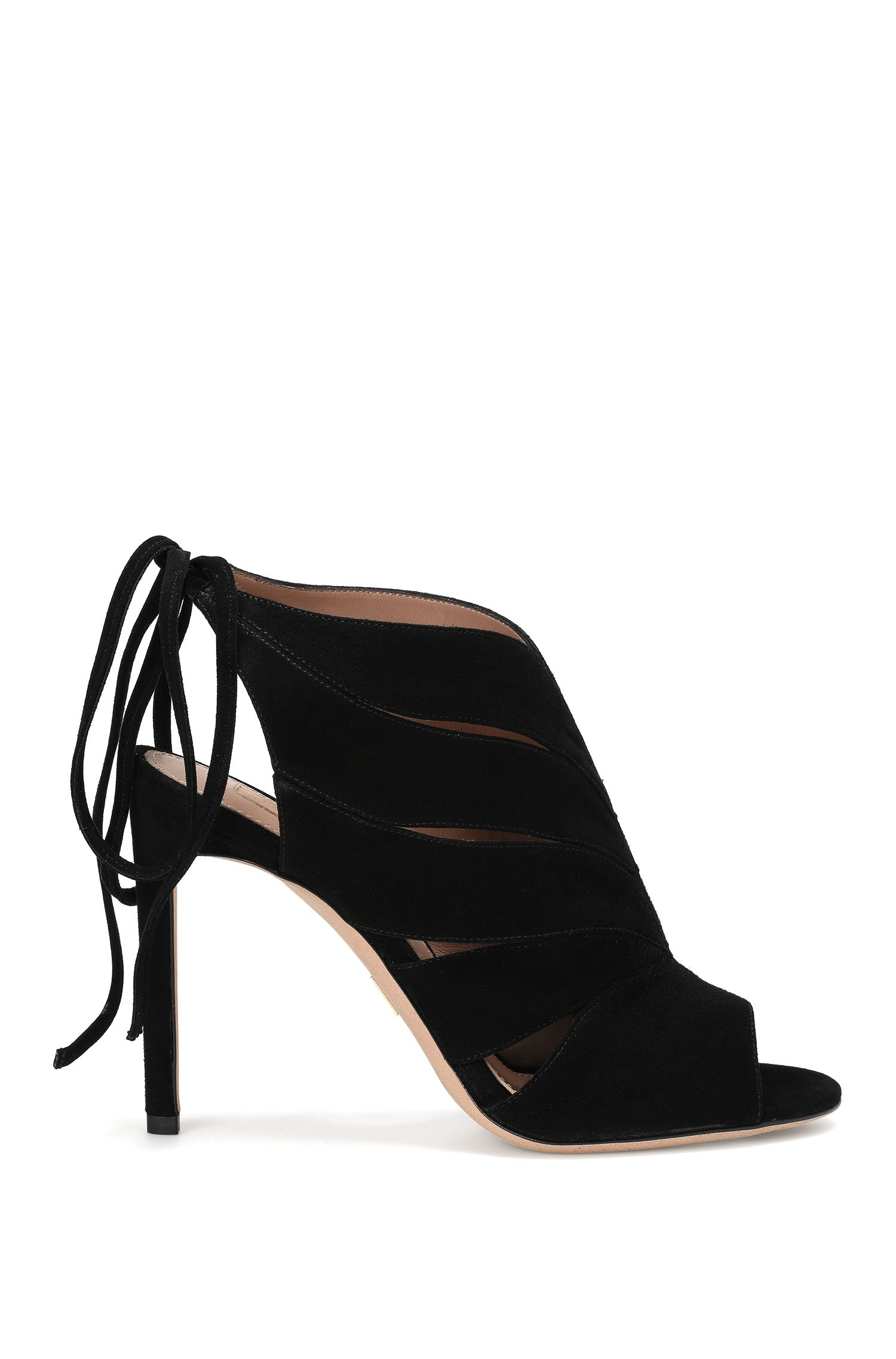 Suede high-front pumps with lacing at the back: 'Leaves Bootie 100-S'