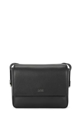 Urban cross-body bag in textured leather , Black