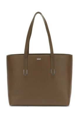 Spacious shopper in textured Italian leather, Khaki