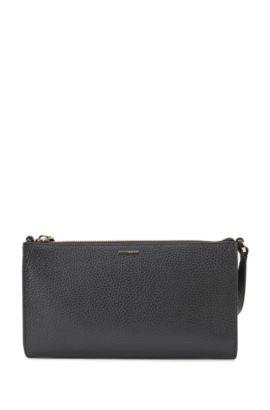 Effen minibag van gestructureerd leer: 'Staple Mini Bag-A', Zwart