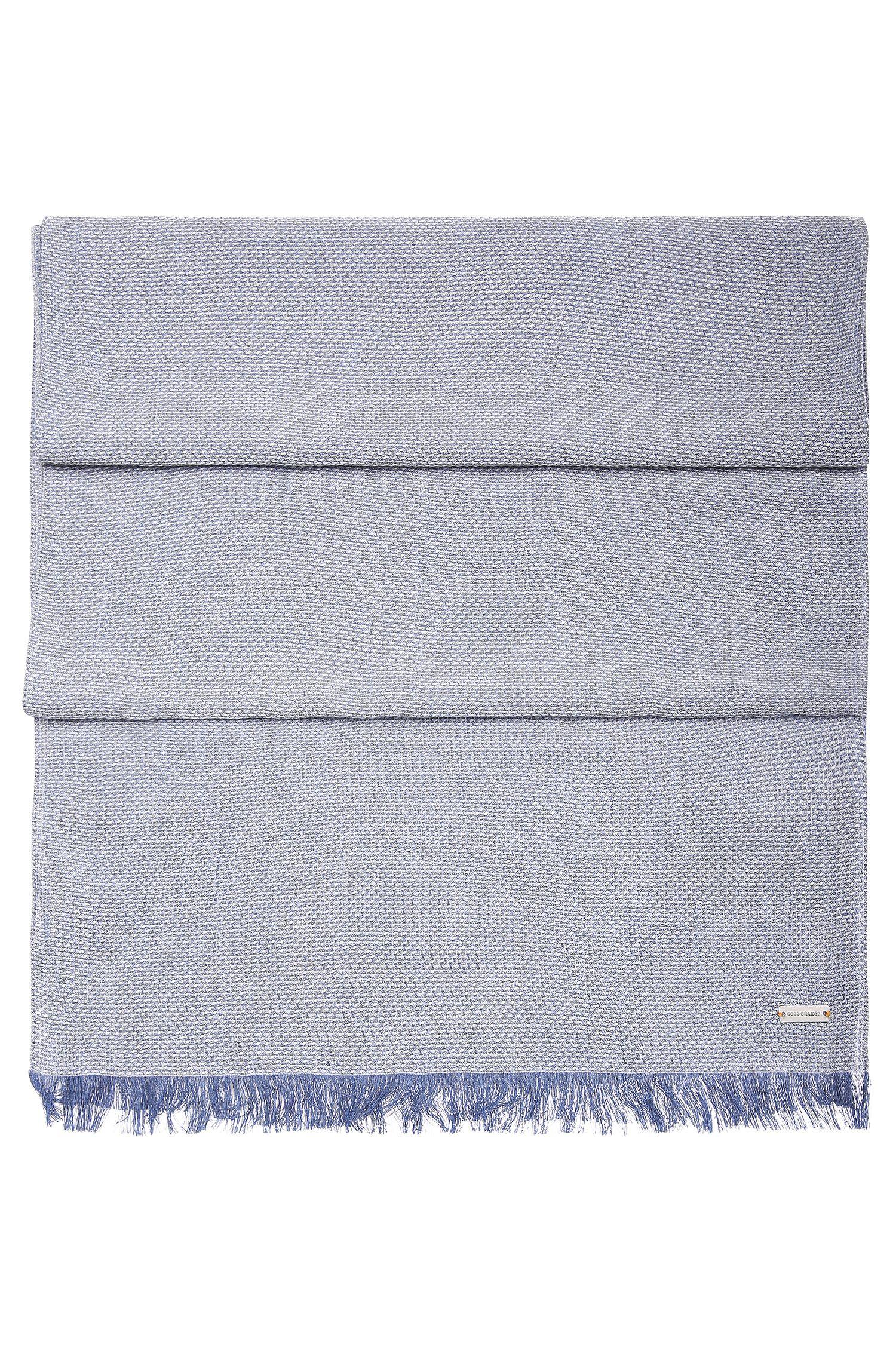 Fein strukturierter Web-Schal aus Viskose: ´Noemo`