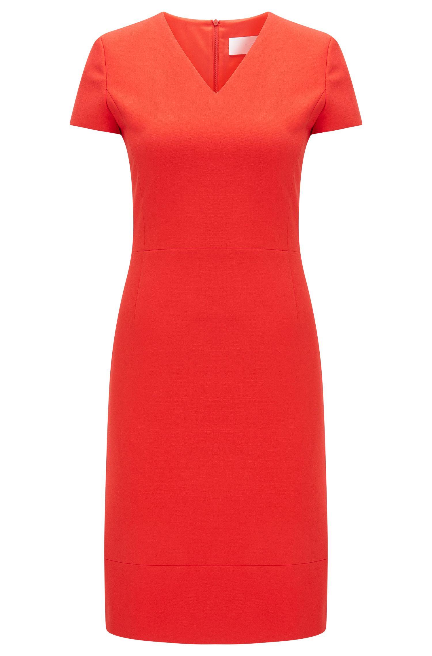 Nauwsluitende jurk met V-hals: 'Demida1'