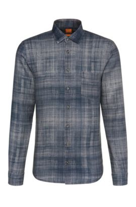 Camisa slim fit en lino con estampado: 'Epop', Azul oscuro