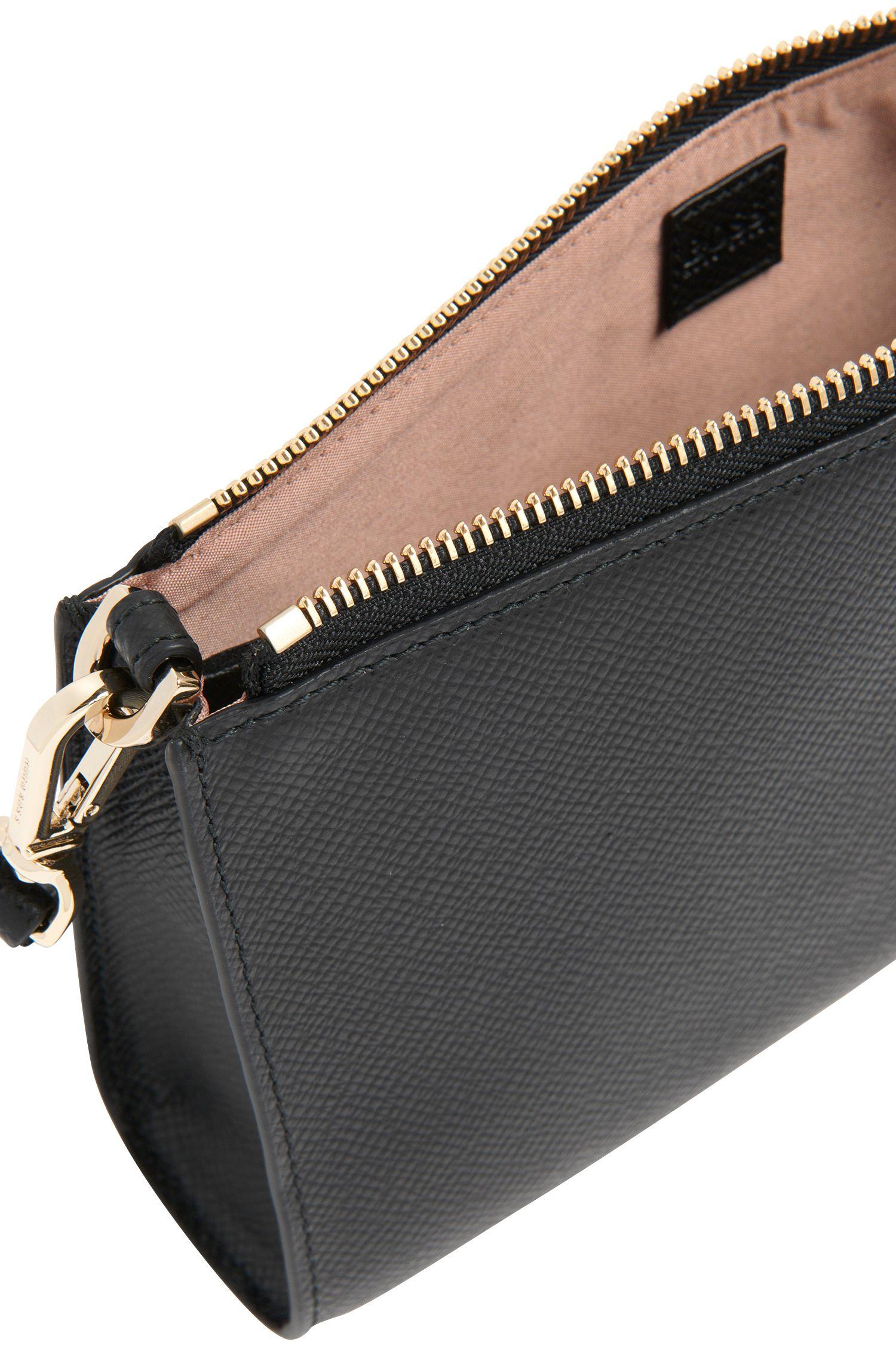 Luxury Staple Kosmetiktasche aus Leder