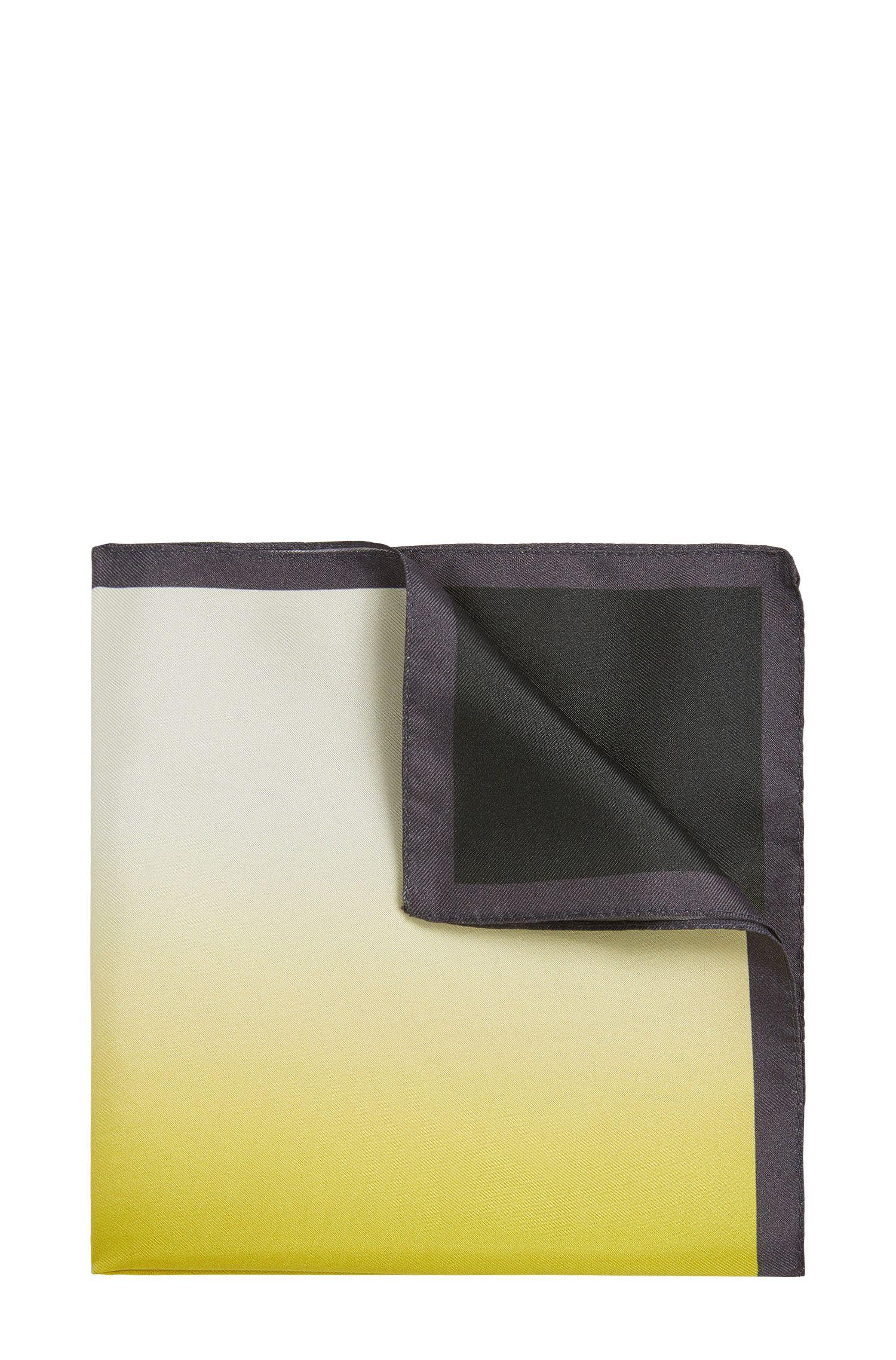 Pañuelo de bolsillo de seda con acabado desteñido: 'Pocket sq. 33x33 cm'