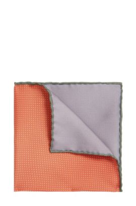 Polka dot pattern Tailored pocket square in silk: 'T-Pocket sq. 33x33 cm', Open Red
