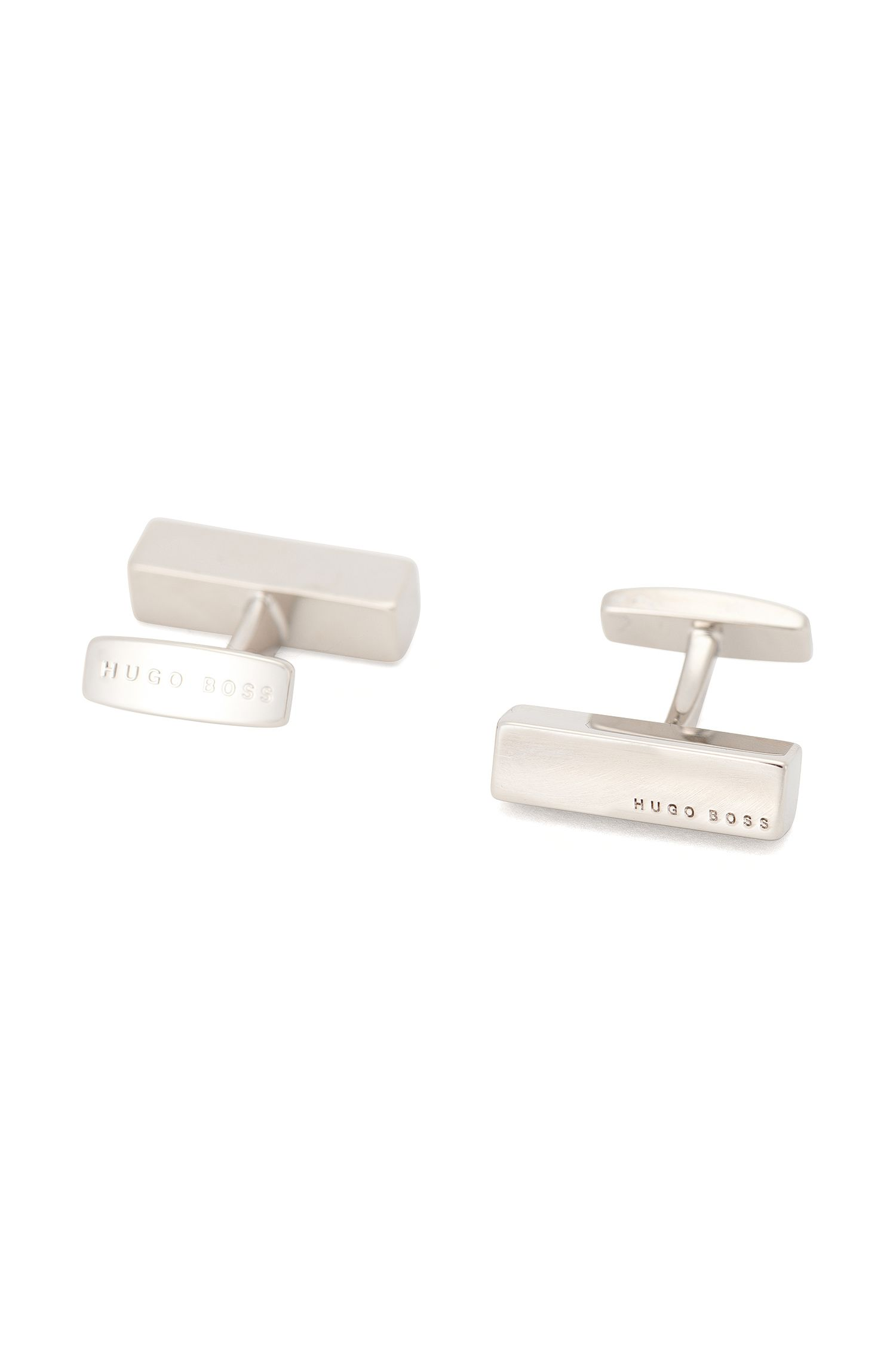 Bar-shaped cufflinks in polished metal