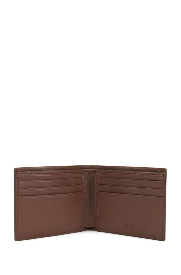 Bi-fold wallet in grained leather