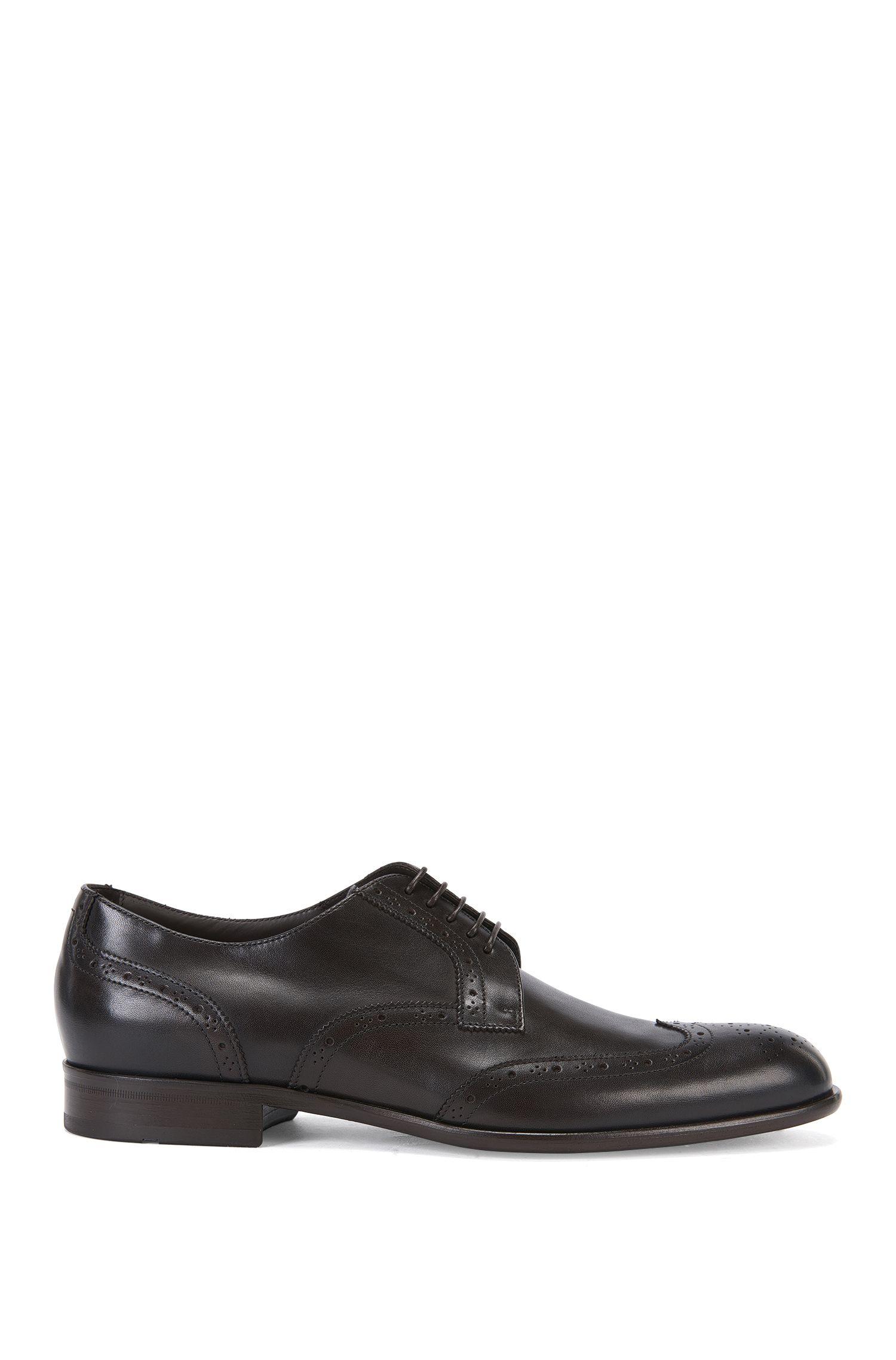 Zapatos de cordón en piel con estilo Budapest: 'Manhattan_Derb_wtbr'