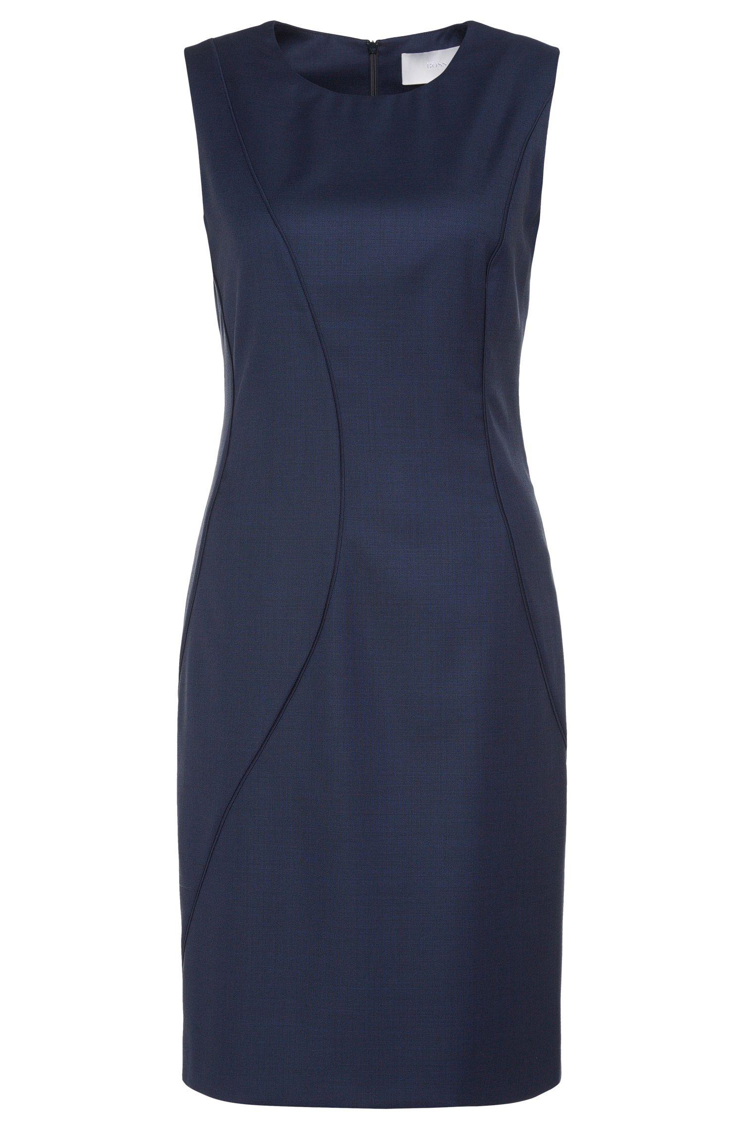 Nauwsluitende jurk van een elastische scheerwolmix: 'Denesa'