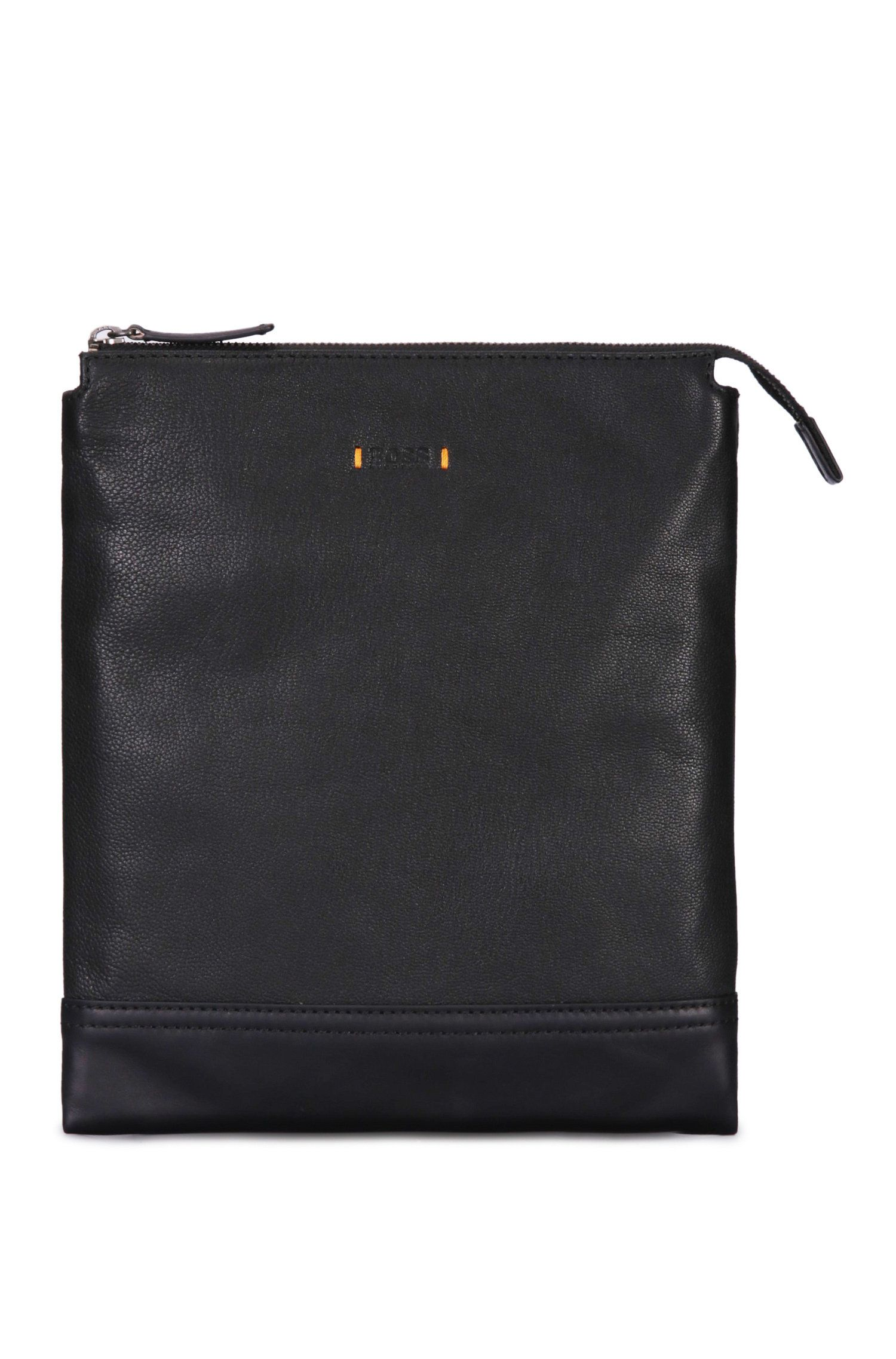 Pouch in textured leather: 'Streetline_S zip env'