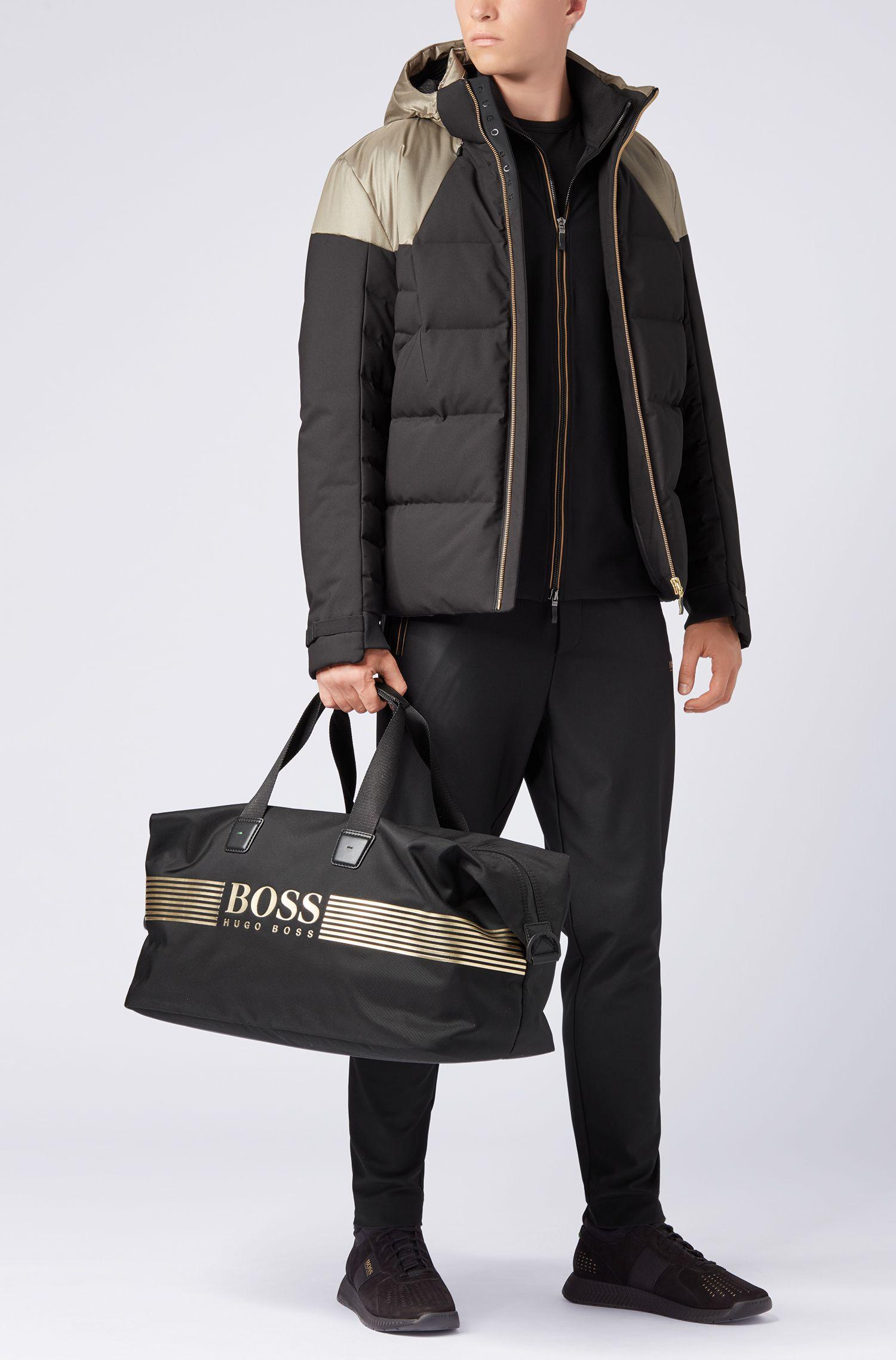 Sporttasche aus Nylon mit wasserdichtem Reißverschluss
