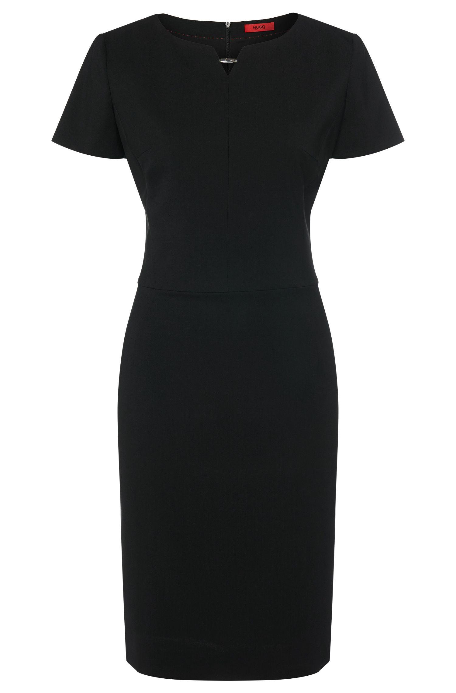 Nauwsluitende jurk van stretchscheerwol met metallic detail:  'Kikos-1'