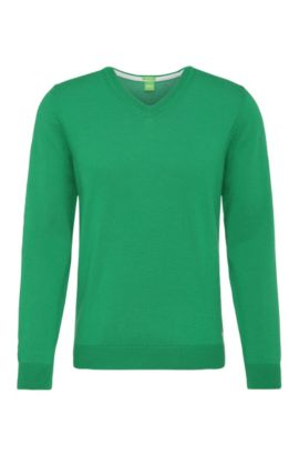 Knitted sweater in water-repellent new wool: 'Veeh_03', Open Green