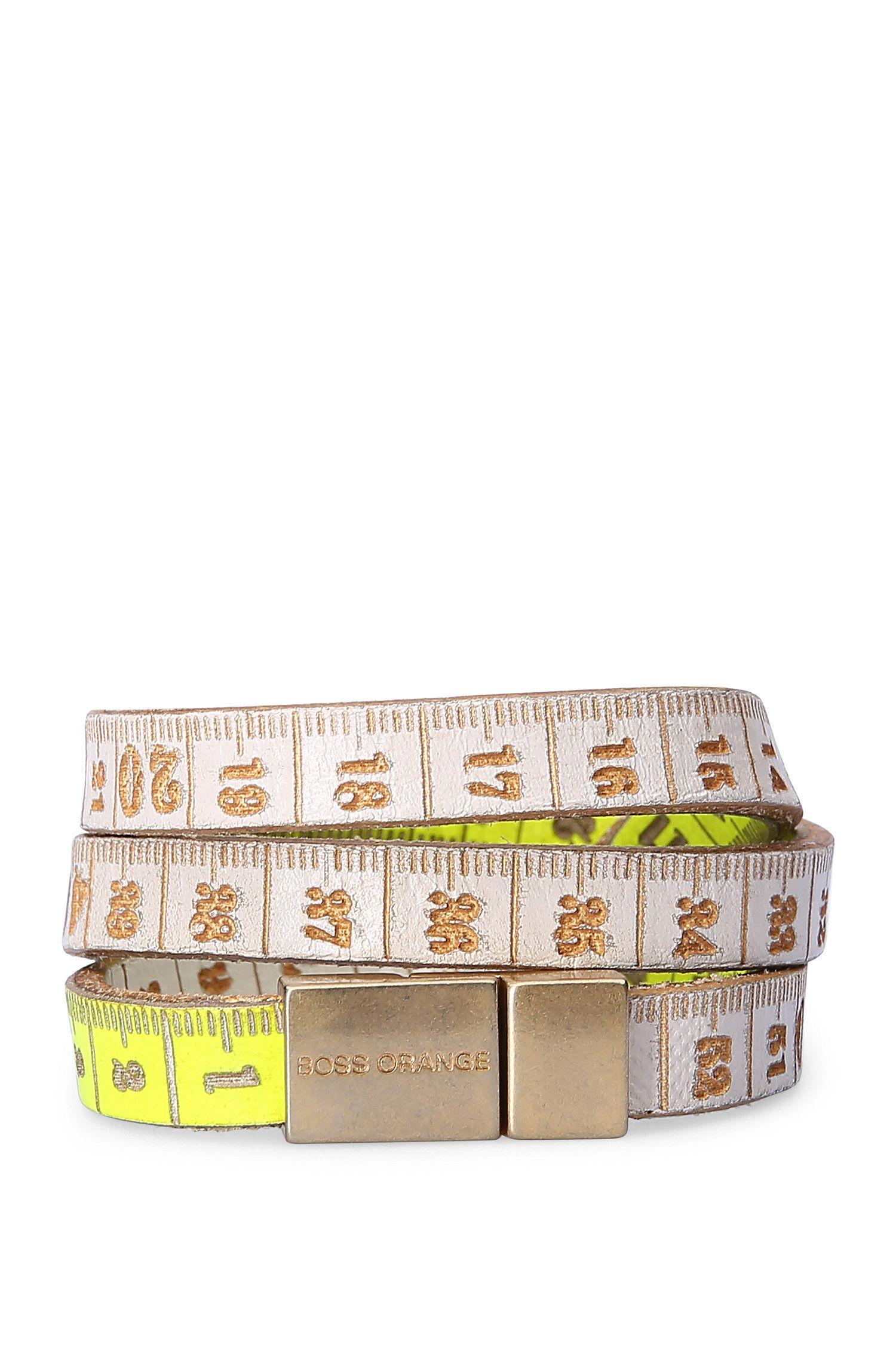 Bracciale bicolore da avvolgere in pelle con stampa: 'Mancy'