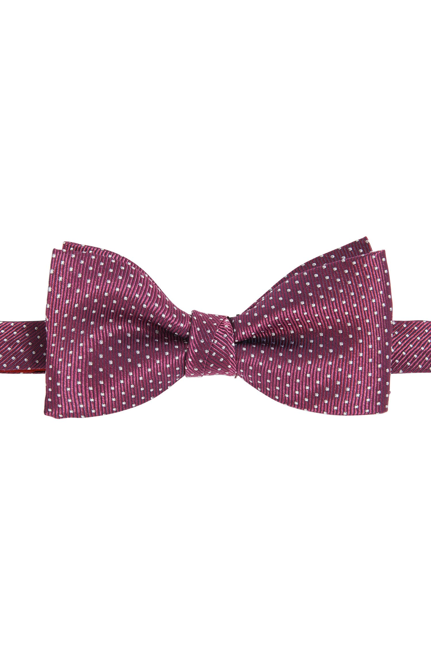 Polka dot pattern bow-tie in silk: 'Bow tie fashion'