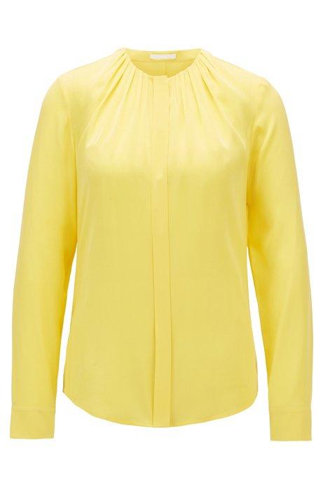 Bluse aus elastischem Seiden-Mix mit gerafftem Ausschnitt, Gelb