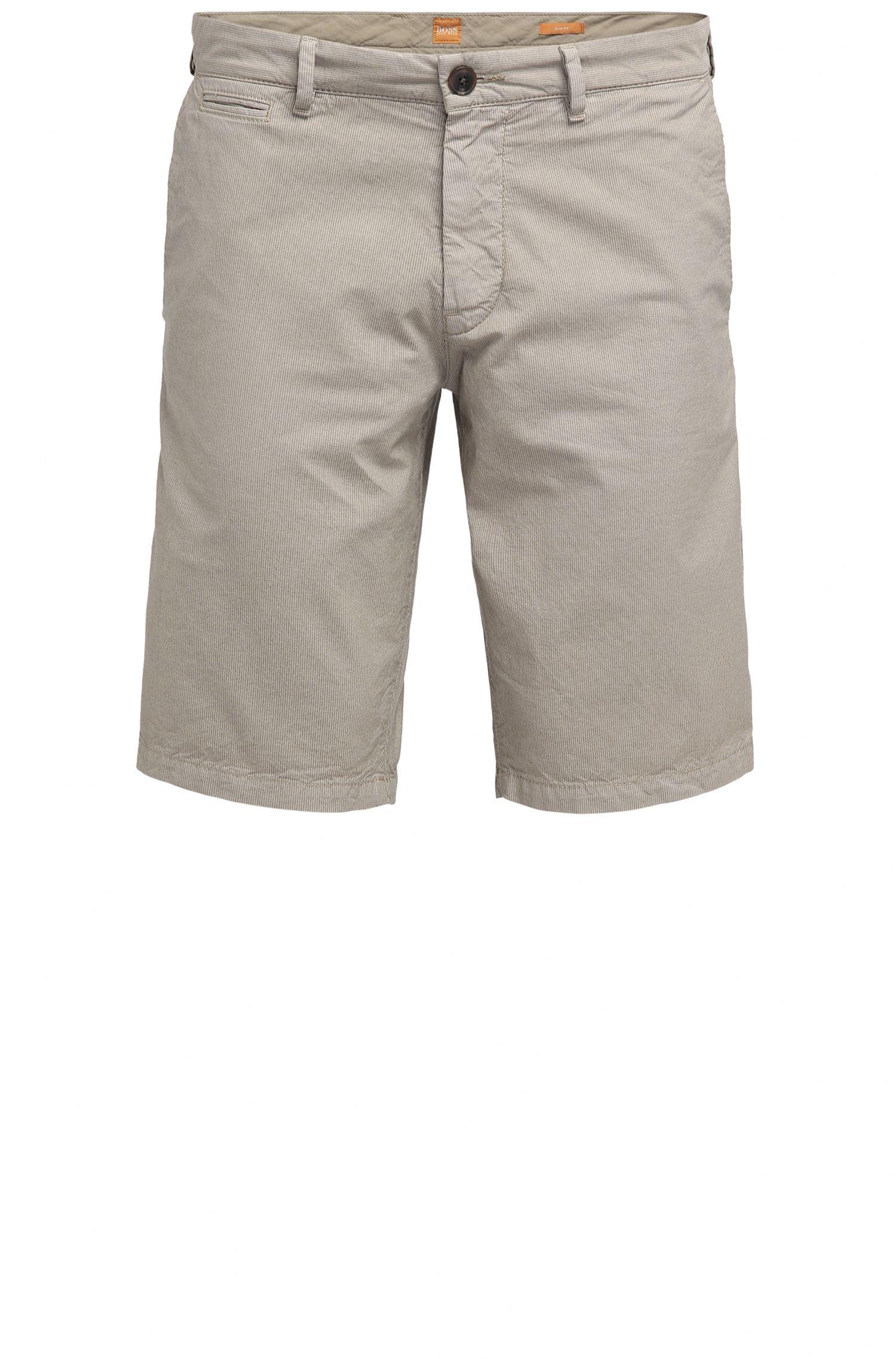 Shorts slim fit en algodón con bolsillos ocultos