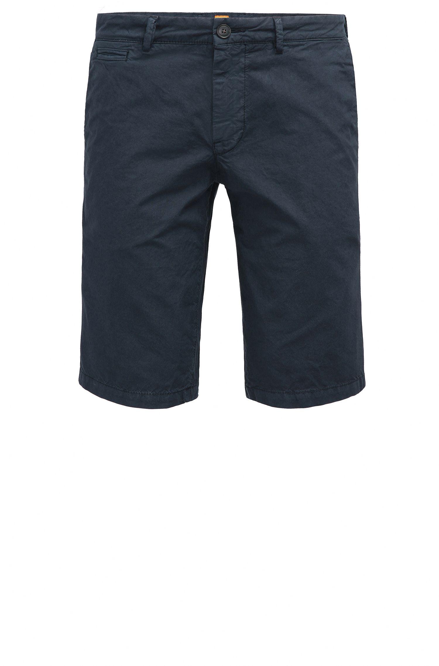Slim-Fit Shorts aus Baumwolle mit verdeckten Taschen