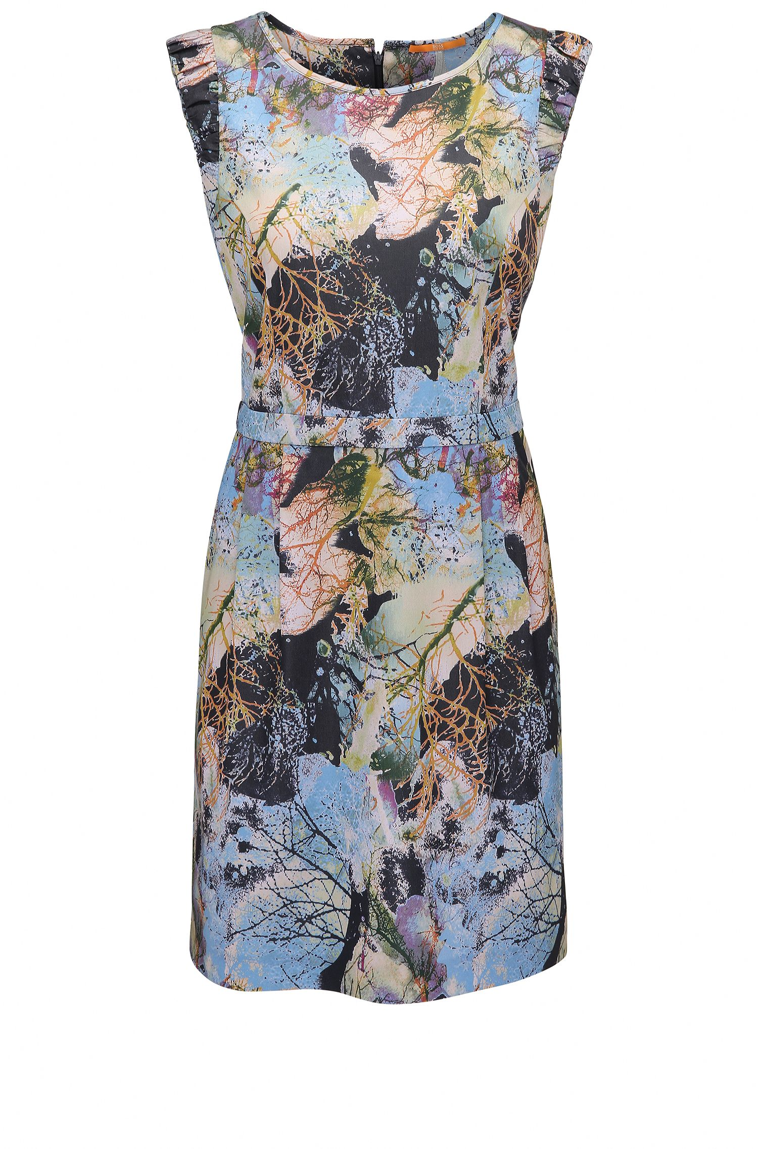 Waisted dress in printed fabric