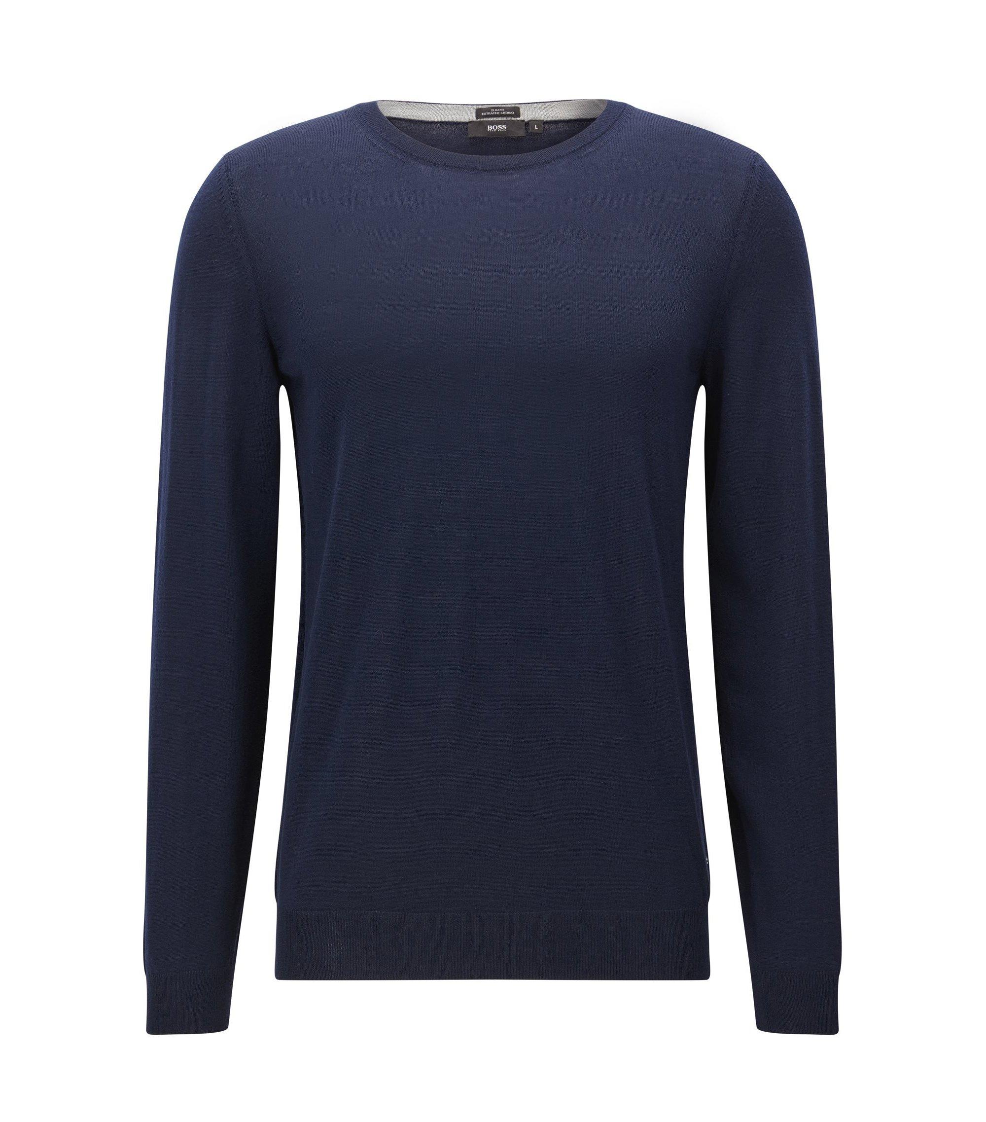 Maglione slim fit in lana vergine extra sottile, Blu scuro