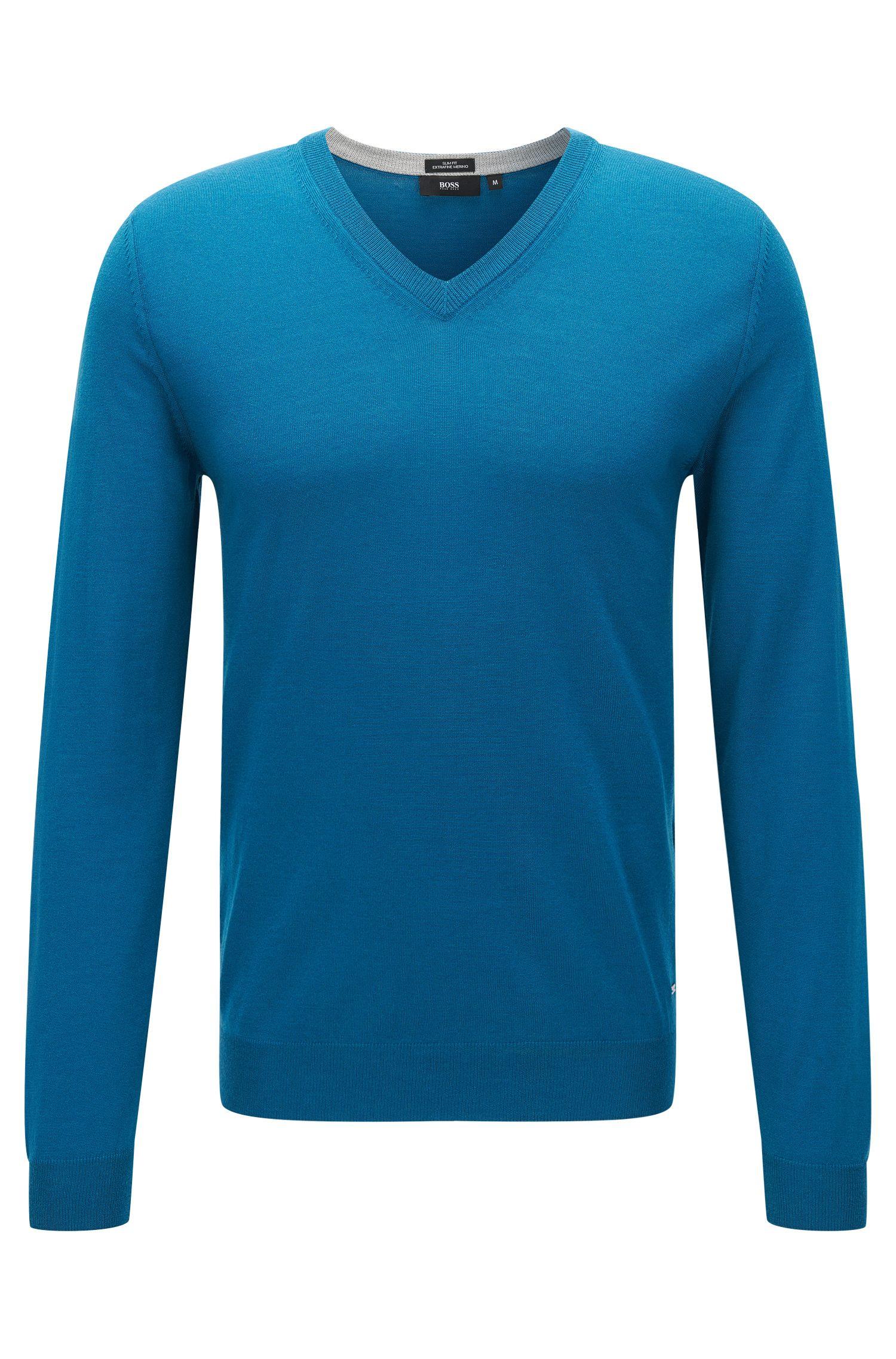 Slim-fit sweater in extra-fine merino wool