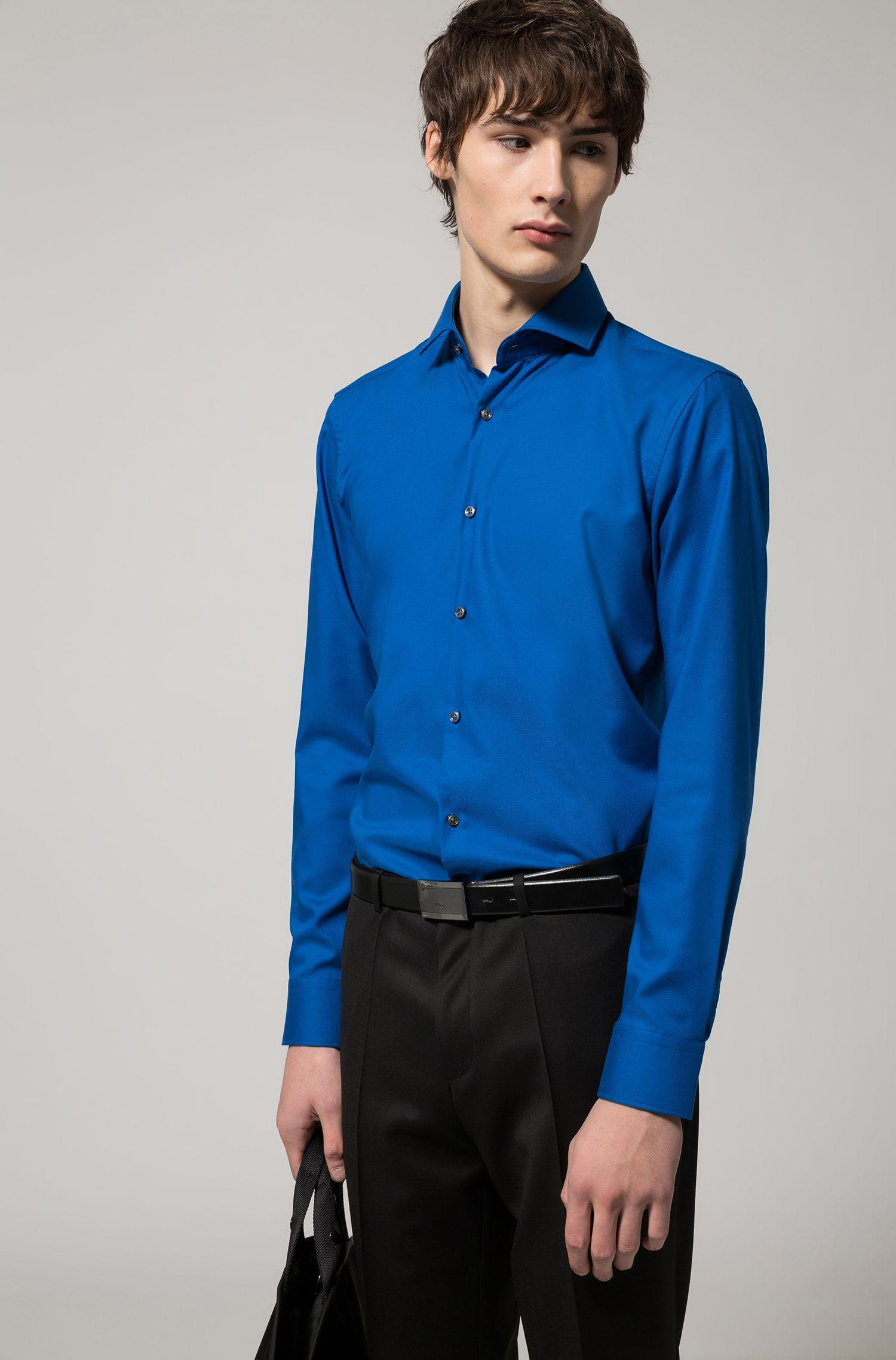 Camisa slim fit en popelín de algodón de planchado fácil y cuello italiano