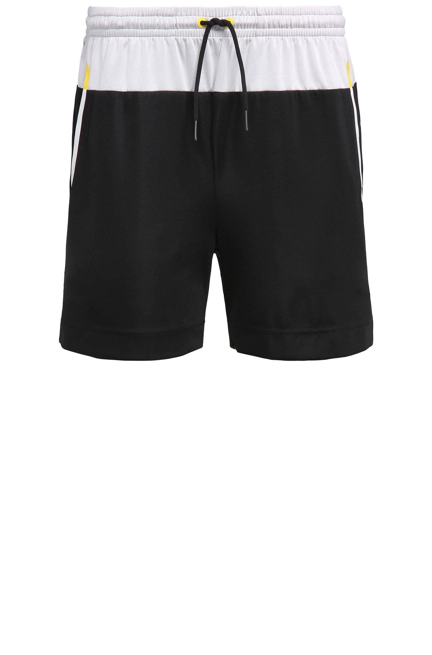 Slim-Fit Shorts aus elastischem Material-Mix