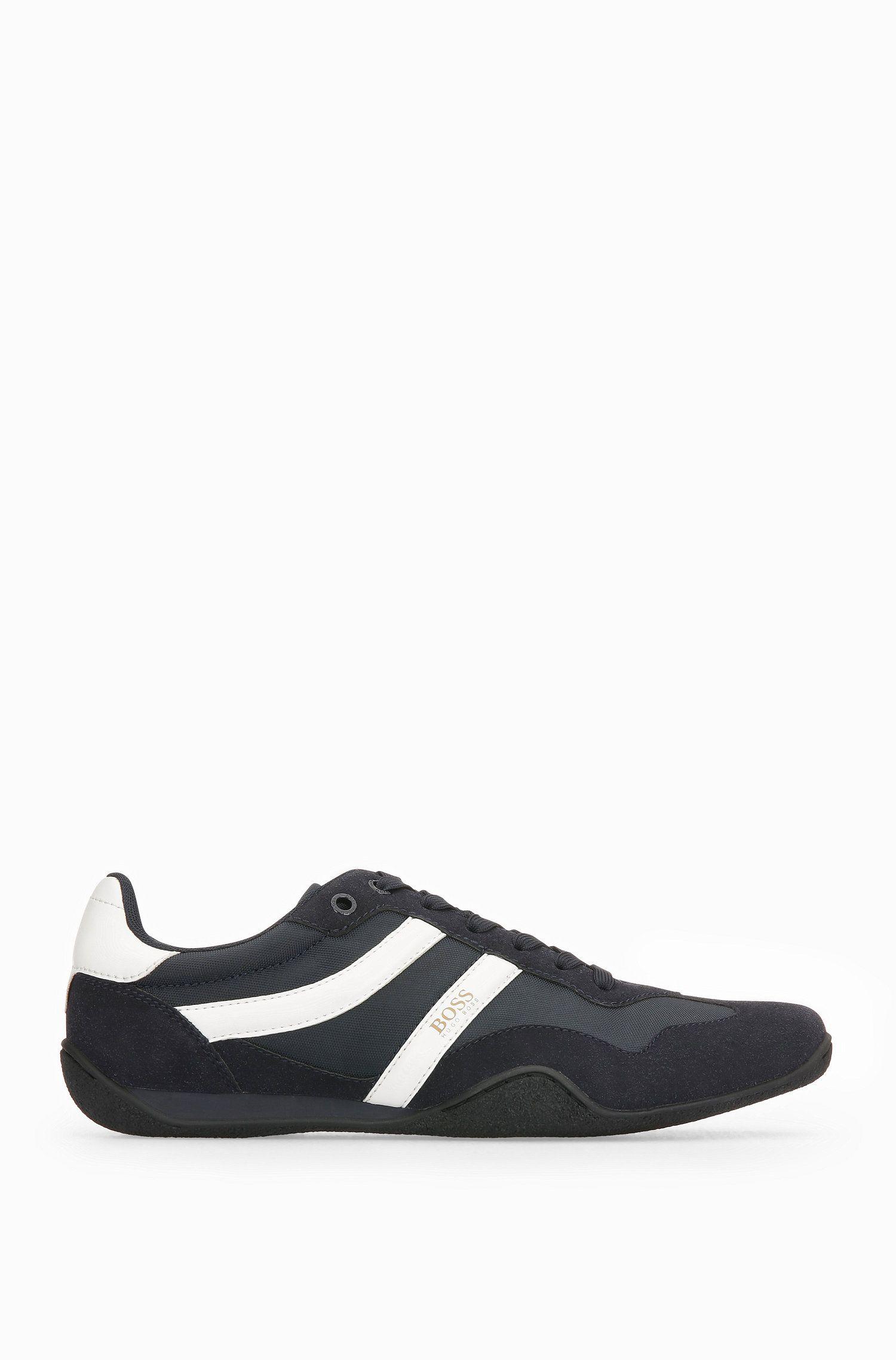 Sneakers aus Material-Mix mit leichter EVA-Mittelsohle