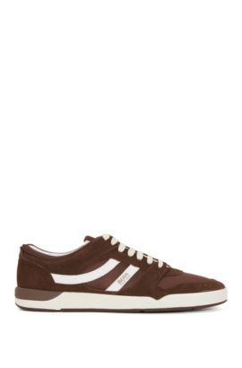 Low-top trainers with Strobel construction, Brown