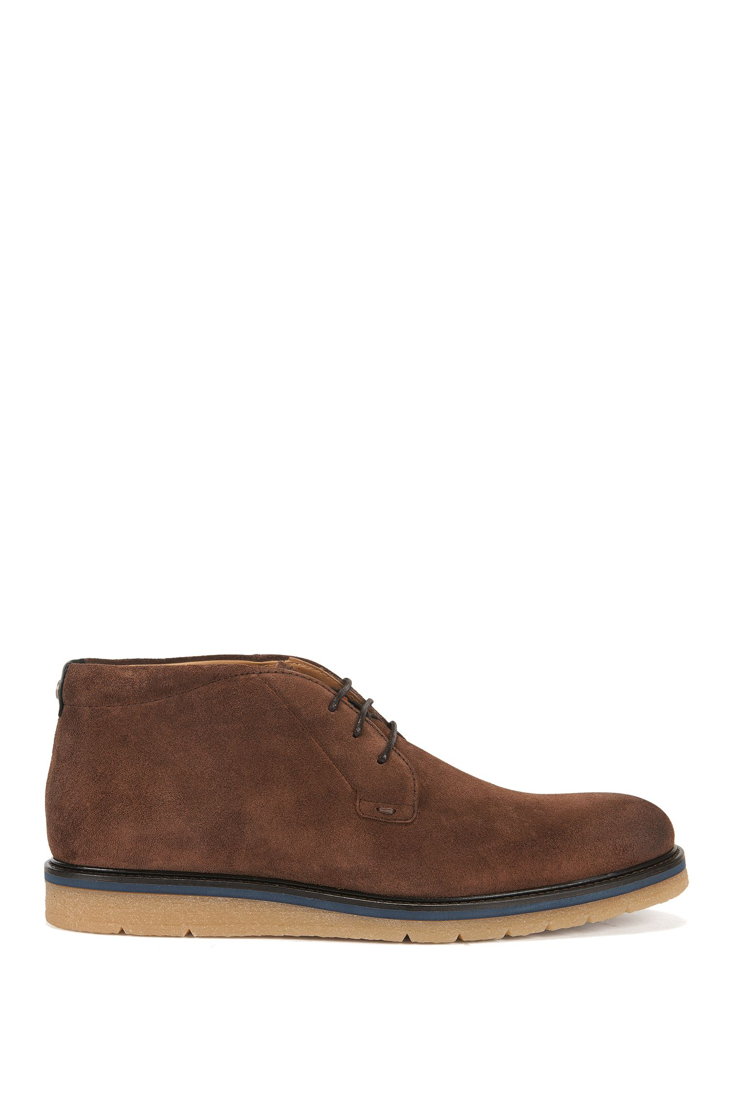 Desert boots in washed suede