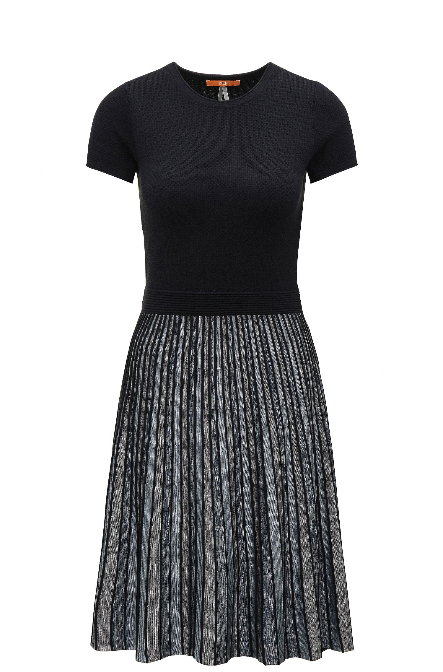 Slim-fit waisted dress in knitted and striped fabrics