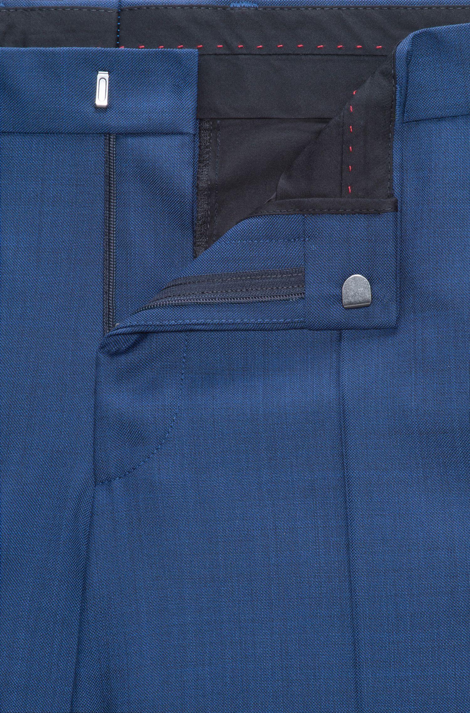 Traje slim fit en microsarga de lana virgen